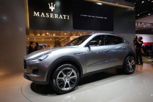 новая машина maserati kubang